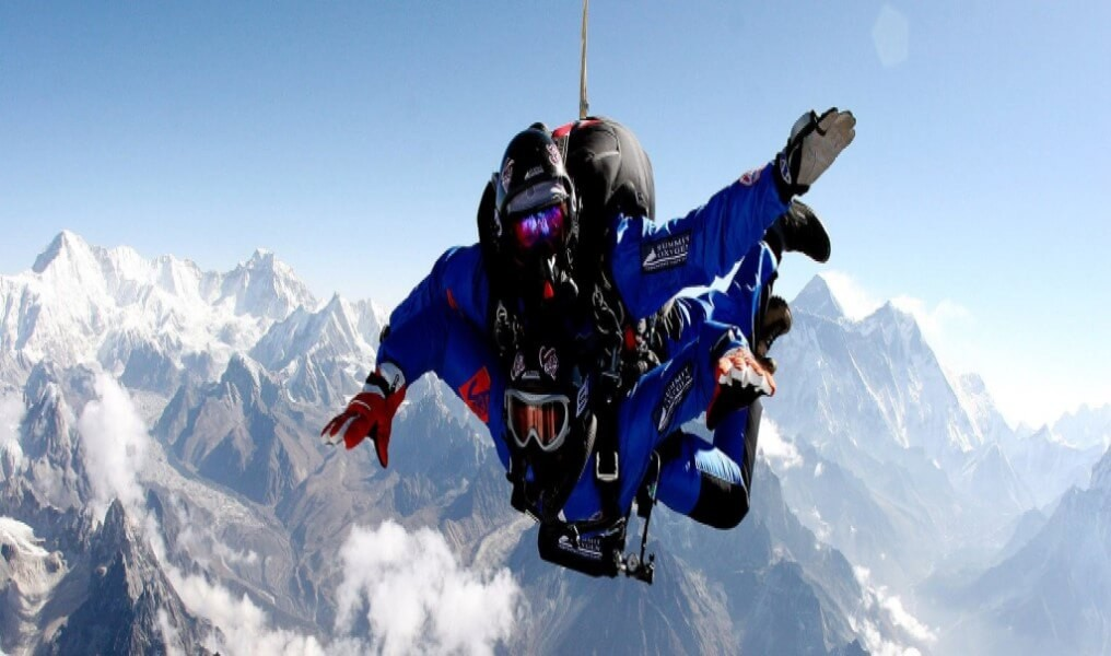 Sky-dive on the Everest